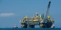 ما قصة منصة النفط العراقیة المنسية في الحمرية الإماراتي؟
