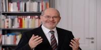 عضو في البرلمان النمساوي يوضح حقيقة منح الحدث العراقي المعنف اللجوء